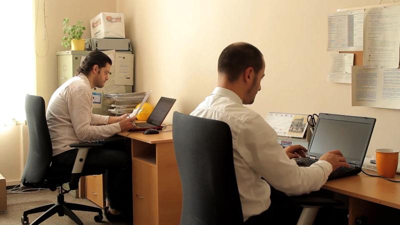 Čeština pro cizince online - stížnost a kritika 12B | Kurzy češtiny pro cizince